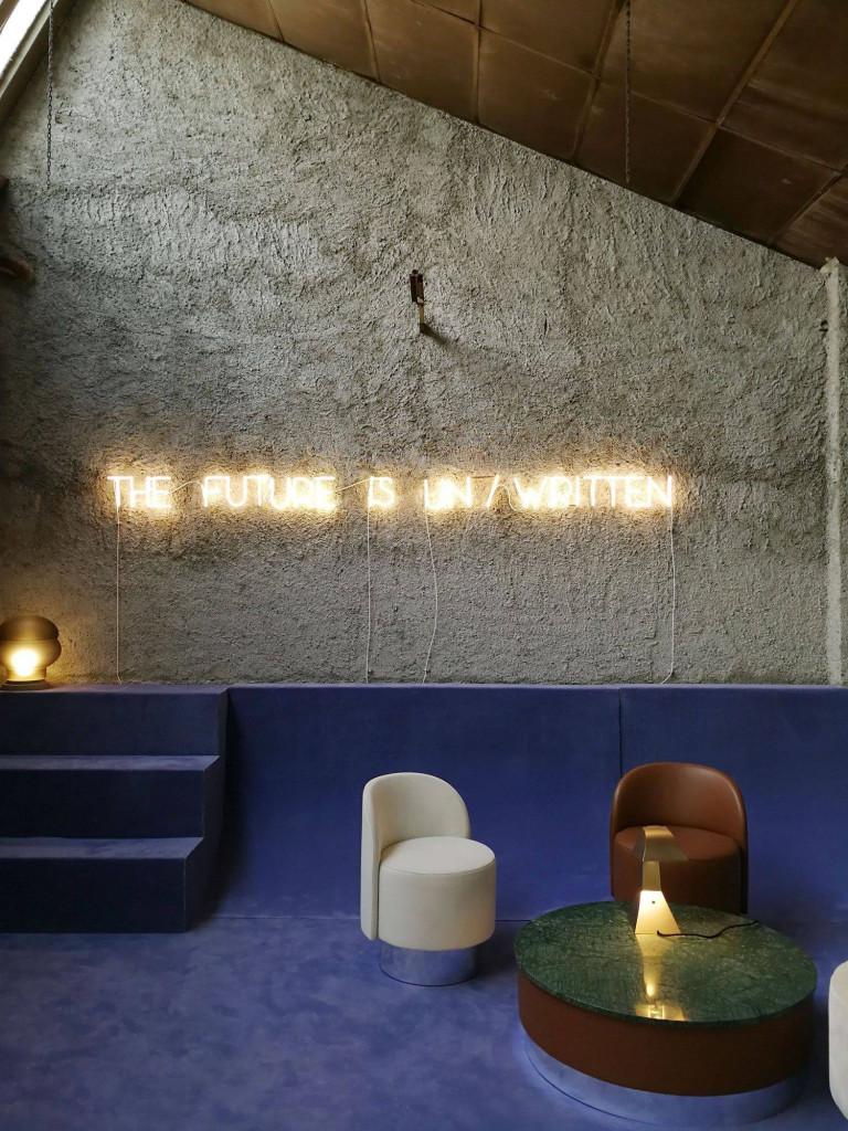 Nguồn sáng từ thiết bị đèn chiếu sáng đóng vai trò cực kỳ quan trọng trong thiết kế nội thất nhà ở