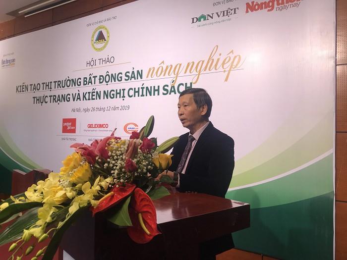 Ông Đỗ Viết Chiến, Tổng Thư ký Hiệp hội Bất động sản Việt Nam phát biểu đề dẫn hội thảo