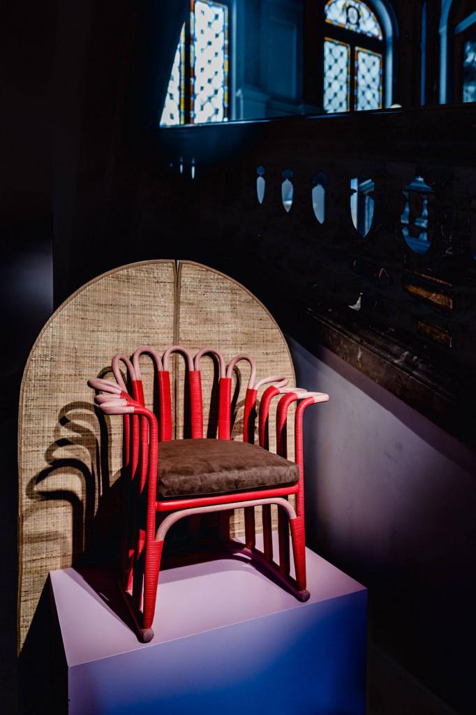Chiếc ghế từ mây đan tre đan trong Tuần lễ thiết kế Milan 2019