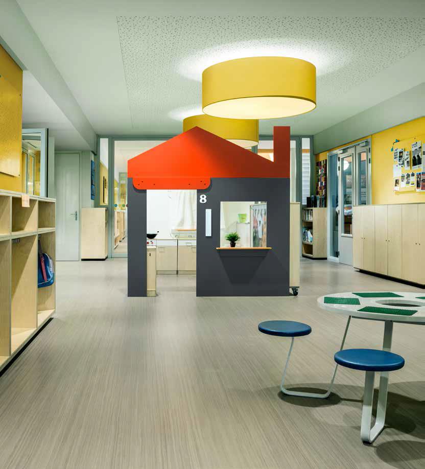 Những màu sắc rực rỡ trong bảng màu Năng Độngsẽ giúp tạo cảm giác tươi mới và tinh thần lạc quan, tích cực cho các khu vực trường học