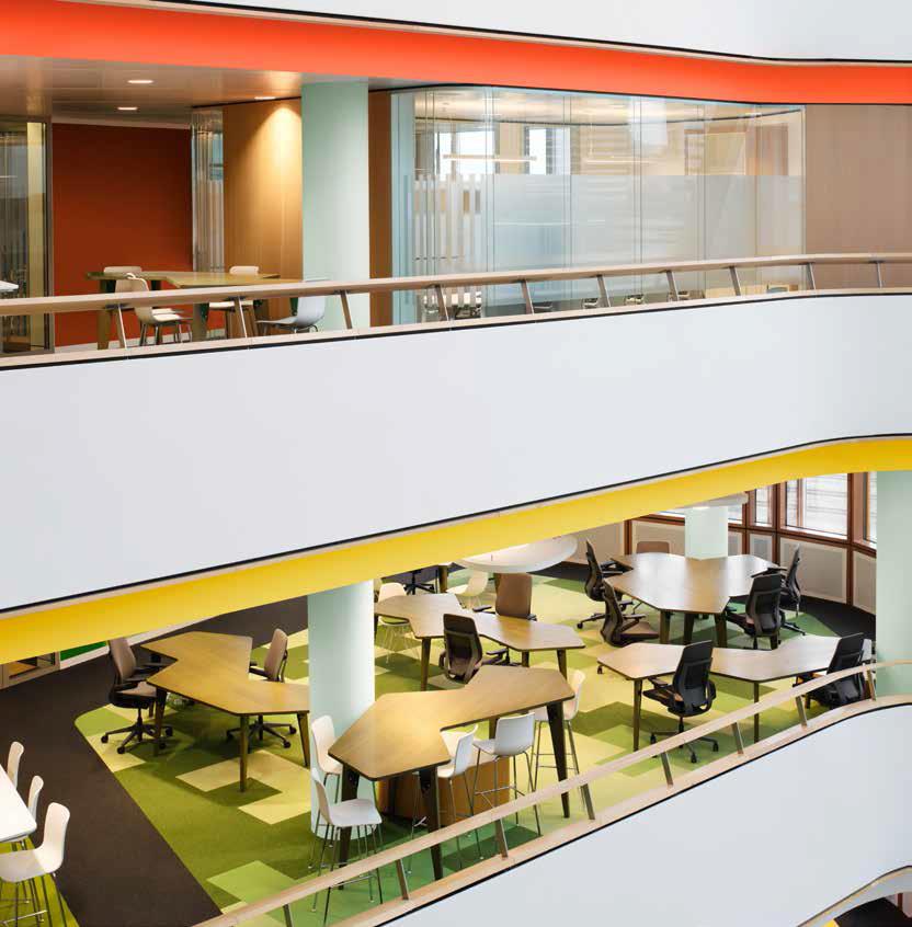 Không gian làm việc sống động sẽ tăng hứng thú làm việc và mang các nhân viên của bạn đến gần nhau hơn
