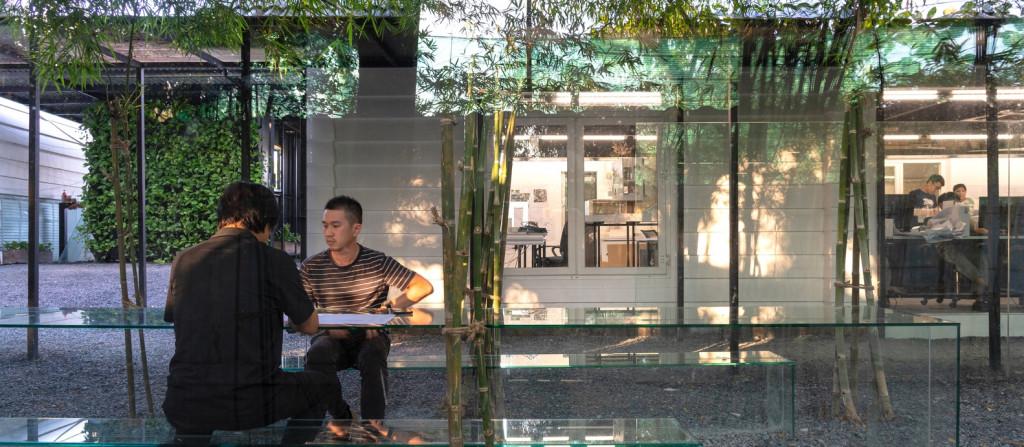 Lam-viec-trong-vuon-tre-tai-MIA-Design-studio-7