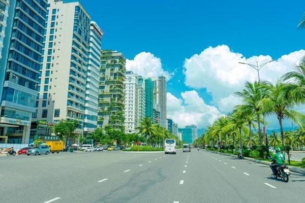Cung đường ven biển Võ Nguyên Giáp luôn sôi động với hàng loạt dự án được đầu tư xây dựng