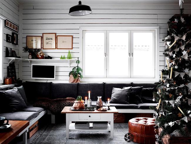 Không khí Noel ngập tràn căn phòng nhỏ