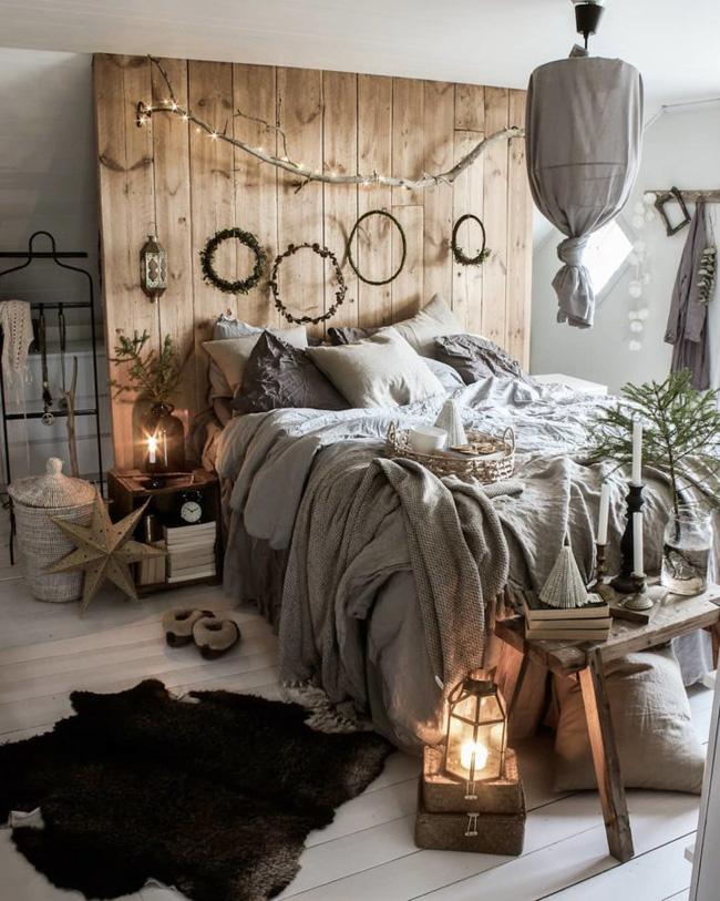 Đầu giường là trung tâm của giường, vì vậy nó sẽ trông tốt và bổ sung cho phần còn lại của căn phòng. Hãy để trí tưởng tượng của bạn chạy tự do và trang trí nó theo ý muốn.