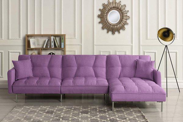 Màu tím hoa cà là một sự lựa chọn táo bạo, nhưng phù hợp với phòng khách mùa xuân