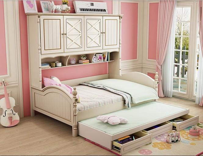 Giường kết hợp hộc tủ có thể kéo ra đẩy vào giúp bạn chứa đựng nhiều đồ đạc mà không phải tốn thêm diện tích