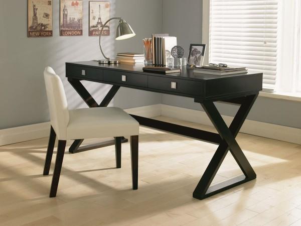 Chiếc bàn làm việc có khả năng gấp gọn đã ra đời giúp cho không gian căn phòng rộng rãi và thoáng hơn
