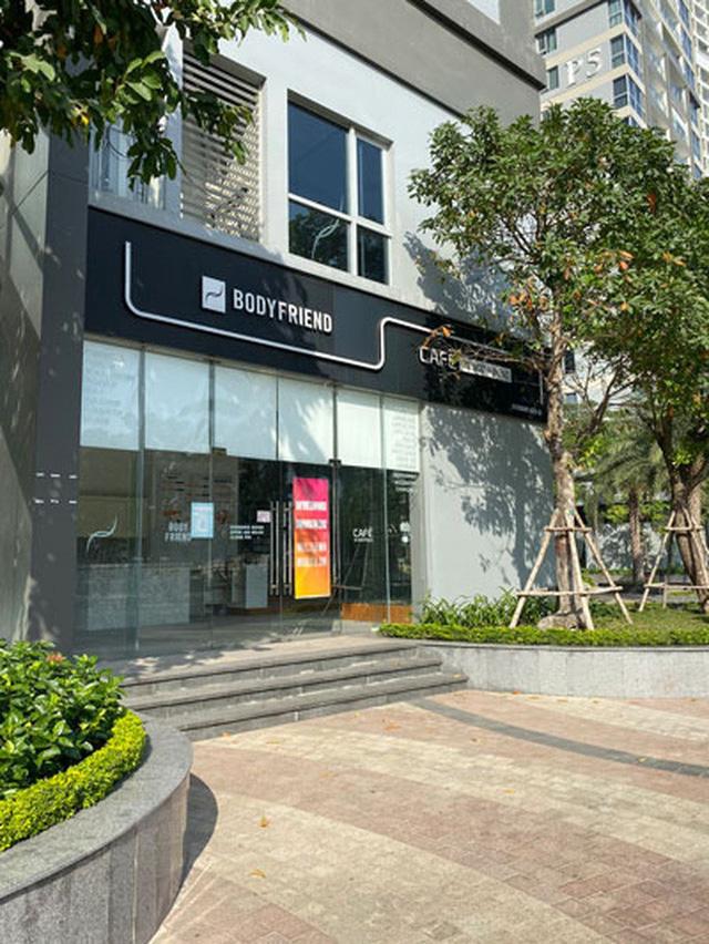 Nhiều shophouse ở một khu đô thị cao cấp tại TP HCM phải đóng cửa vì người thuê trả mặt bằng hàng loạt