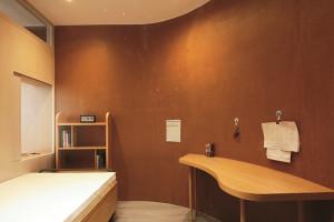Tường cong giúp không gian căn hộ rộng hơn