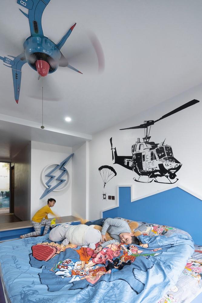 Tầng 3 là không gian dành cho trẻ em với gam màu xanh chủ đạo