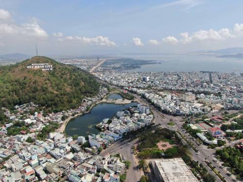 Toàn cảnh thành phố du lịch Quy Nhơn. Ảnh: Phạm Kha/TTXVN