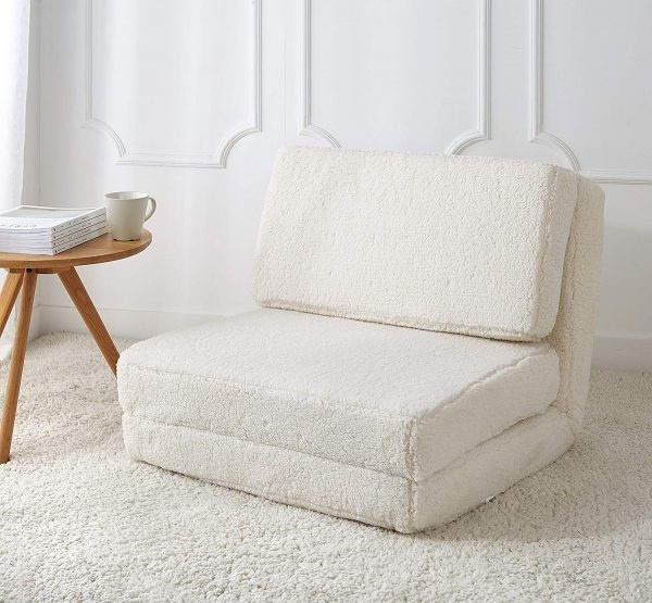 Ghế bọc sherpa mềm mại sang trọng mang đến cho sử dụng một cảm giác thoải mái, tiện nghi khi sử dụng. Chiếc ghế sofa này là thiết kế hoàn hảo để tạo nên một không gian ấm cúng và thư giãn.