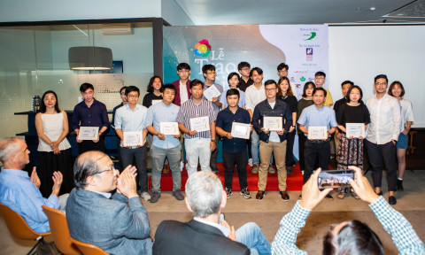 Trao giải Hoa Mai – Cuộc thi thiết kế mẫu nội ngoại thất gỗ 2019-2020