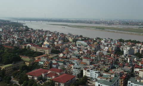 Hà Nội xem xét cấp phép xây dựng cho khu dân cư ngoài đê