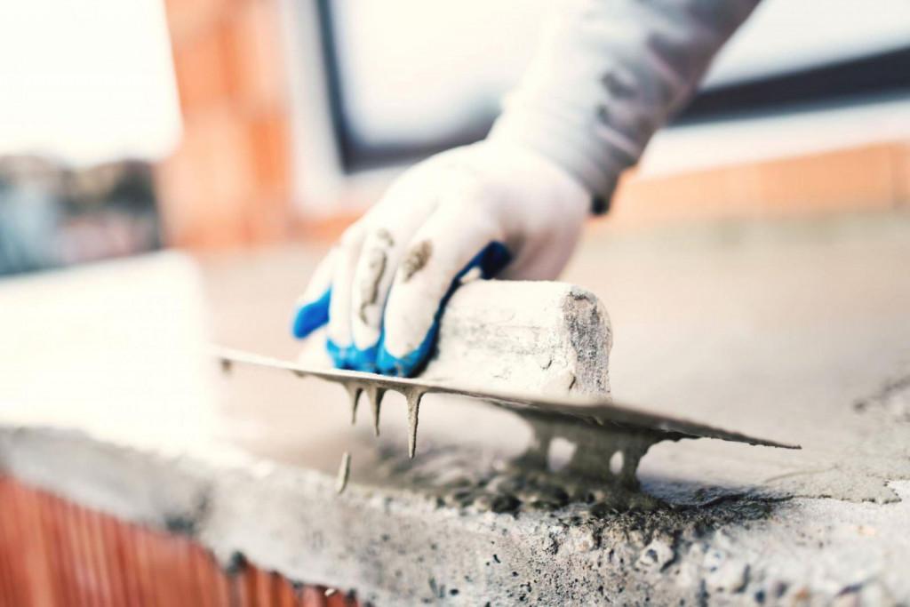 Trên thị trường có nhiều loại chất chống ẩm cho sàn bê tông của nhiều thương hiệu uy tín như Kova, Mikado,...
