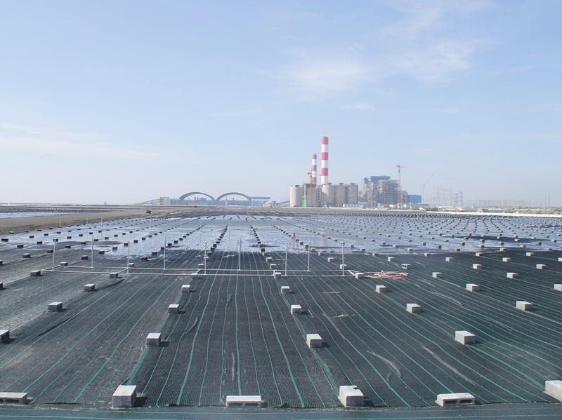 Việc phát triển vật liệu xây dựng thân thiện với môi trường góp phần tiêu thụ đáng kể nguồn tro, xỉ phát thải từ các nhà máy nhiệt điện