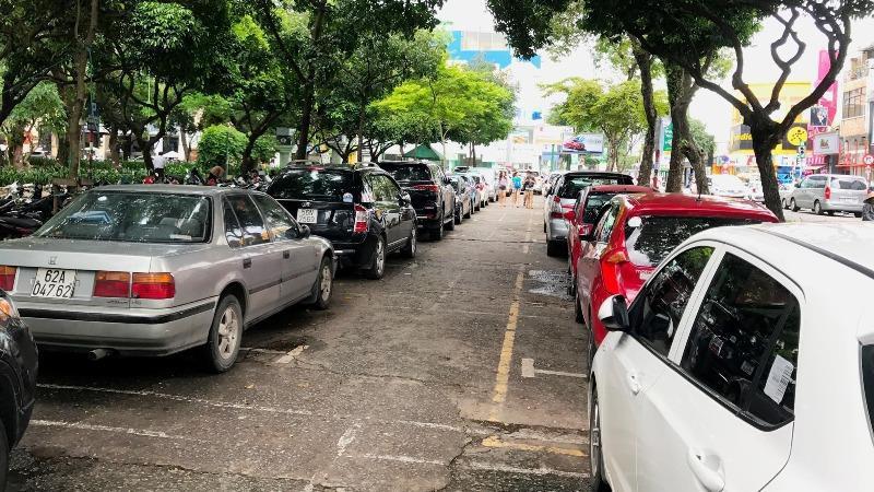 Dự án Bãi đậu xe công viên Lê Văn Tám từng được kỳ vọng sẽ giúp TP HCM có thêm nơi đậu xe công cộng nhưng hiện chưa thể triển khai