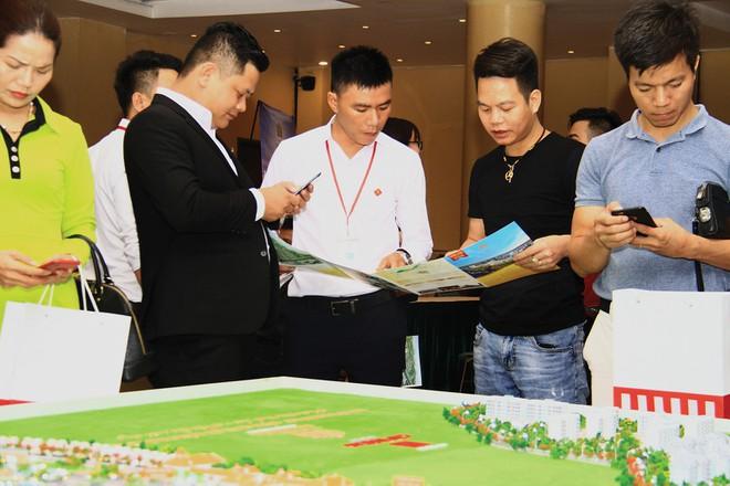 Các hoạt động giới thiệu dự án mới hầu như không được tổ chức do ảnh hưởng của dịch Covid - 19, Ảnh: Thành Nguyễn