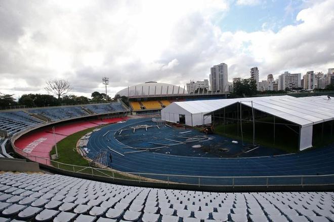 Một bệnh viện dã chiến đang được xây dựng tại khu liên hợp thể thao Ibirapuera ở Sao Paulo, Brazil