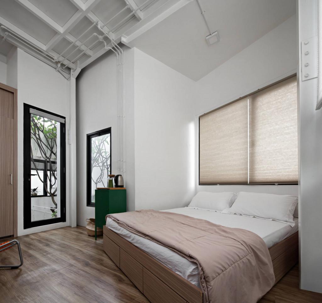 Một góc phòng ngủ nhiều ánh sáng