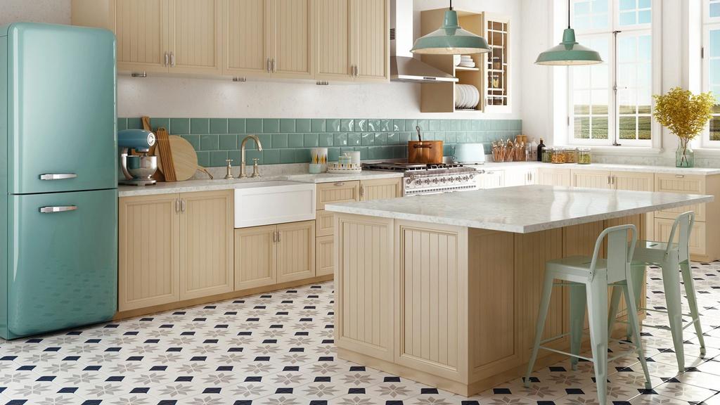 Chính bởi sự đơn giản mà hài hòa giữa yếu tố cổ điển và hiện đại, khi bước vào không gian bếp phong cách vintage, ai cũng có thể cảm nhận sự sang trọng nhưng không xa hoa, kiểu cách nhưng chẳng hào nhoáng, lại hết sức bình dị và thân quen. Ảnh: KUB Studio.