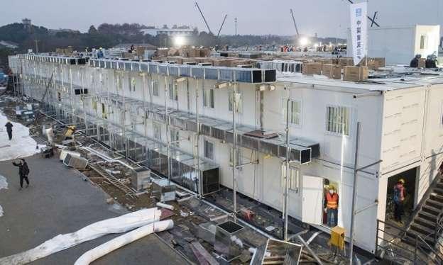 Bệnh viện Hỏa Thần Sơn được xây dựng ngày 1/2. Ảnh: Xinhua
