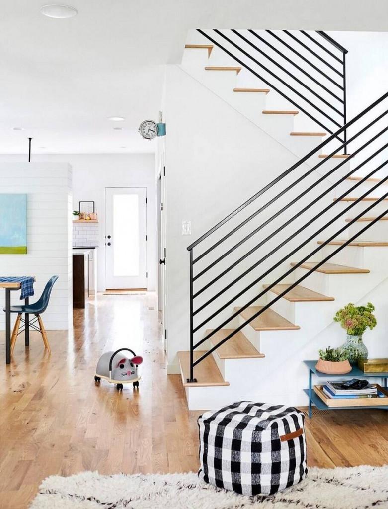 Lan can cầu thang tạo điểm nhấn khác biệt cho ngôi nhà