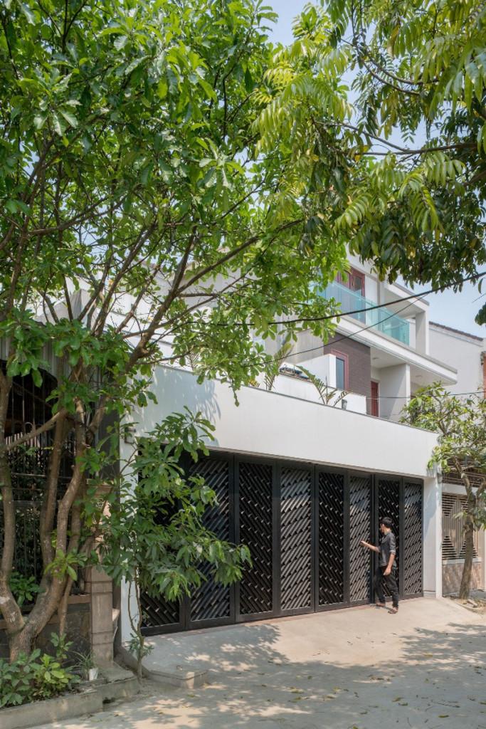 Mặt tiền ngôi nhà