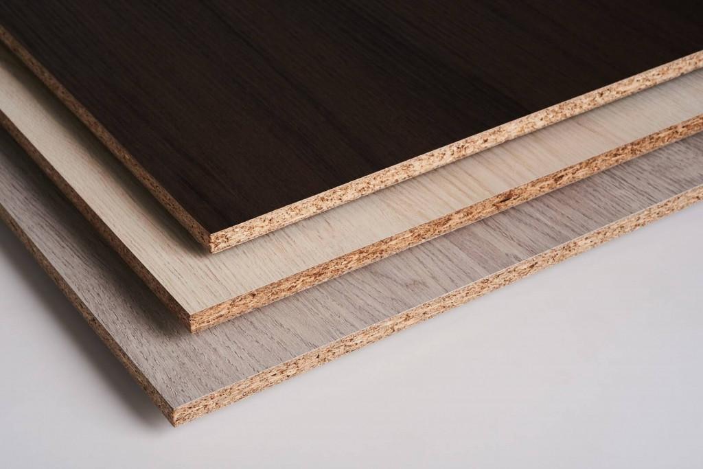 Đặc điểm của gỗ MFC là chịu nhiệt tốt, khả năng chống mài mòn cao nhưng có thể bị phồng rộp khi gặp nước