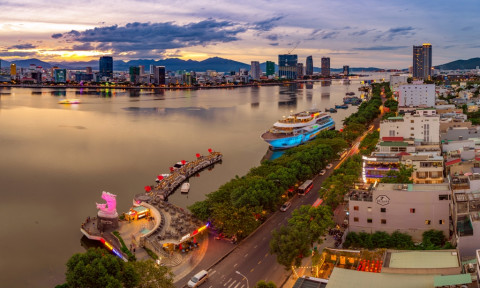 Phát triển các cực kinh tế biển – Nhà nước đóng vai trò dẫn đường