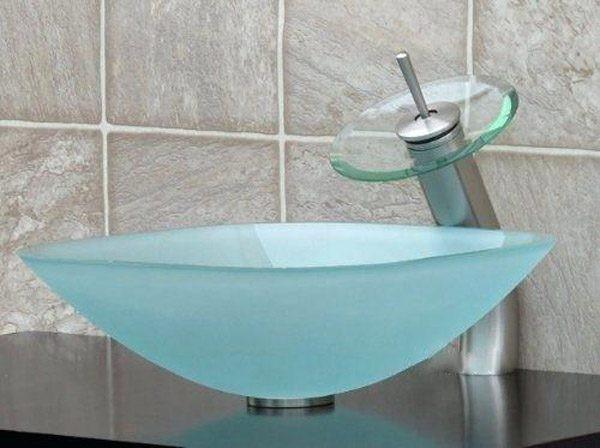 Bồn rửa là sự bổ sung hoàn hảo cho phòng tắm mang chủ đề về biển