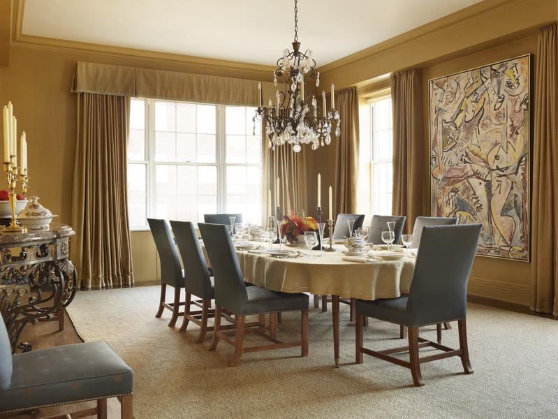 Mẫu tranh treo tường kết hợp nhịp nhàng với phong cách nội thất của căn phòng ăn