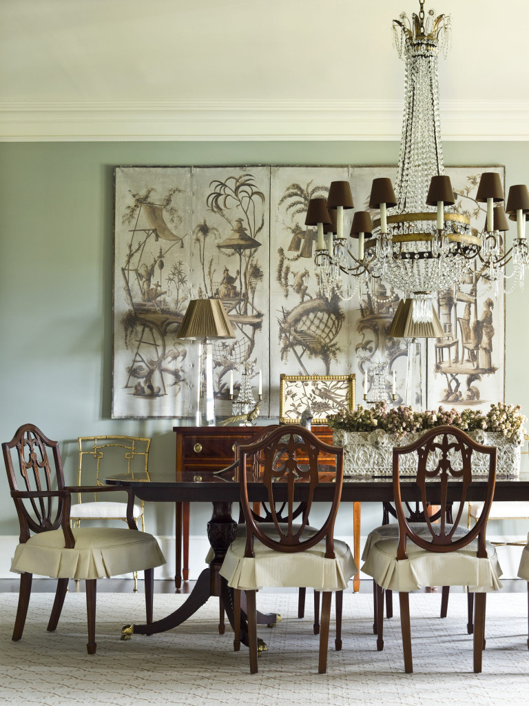 Dù là thể loại tranh gì đi nữa thì việc bổ sung một bức tranh treo tường cũng là vô cùng cần thiết bên trong căn phòng ăn của gia đình