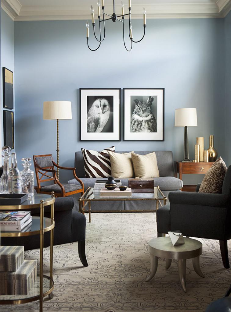 Đồ nội thất mang phong cách đương đại thường có đường nét uốn cong mềm mại gợi cảm giác cổ điển nhưng bớt đi sự rườm rà