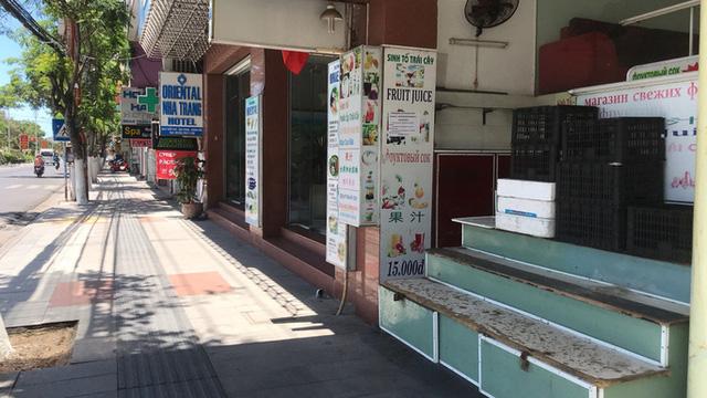 Nhiều nhà hàng, khách sạn ở Nha Trang (Khánh Hòa) phải đóng cửa trong mùa dịch. Ảnh: Kỳ Nam