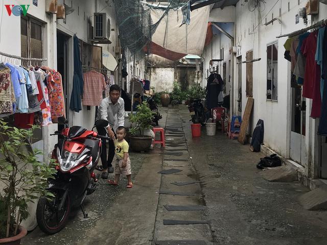 Nhiều người dân TP HCM đang mong mỏi có chỗ ở để ổn định cuộc sống