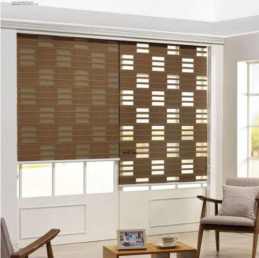 Mẫu rèm cuốn 2 lớp kiểu dáng ô vuông cách điệu độc đáo cho trang trí phòng khách