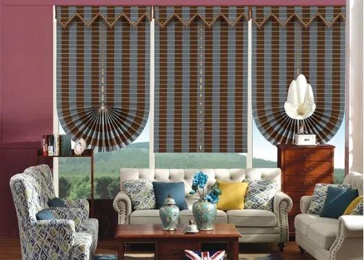 Rèm xếp lớp kiểu hình quạt trang trí phòng khách lạ mắt, độc đáo thể hiện cá tính riêng trong thiết kế của người sử dụng