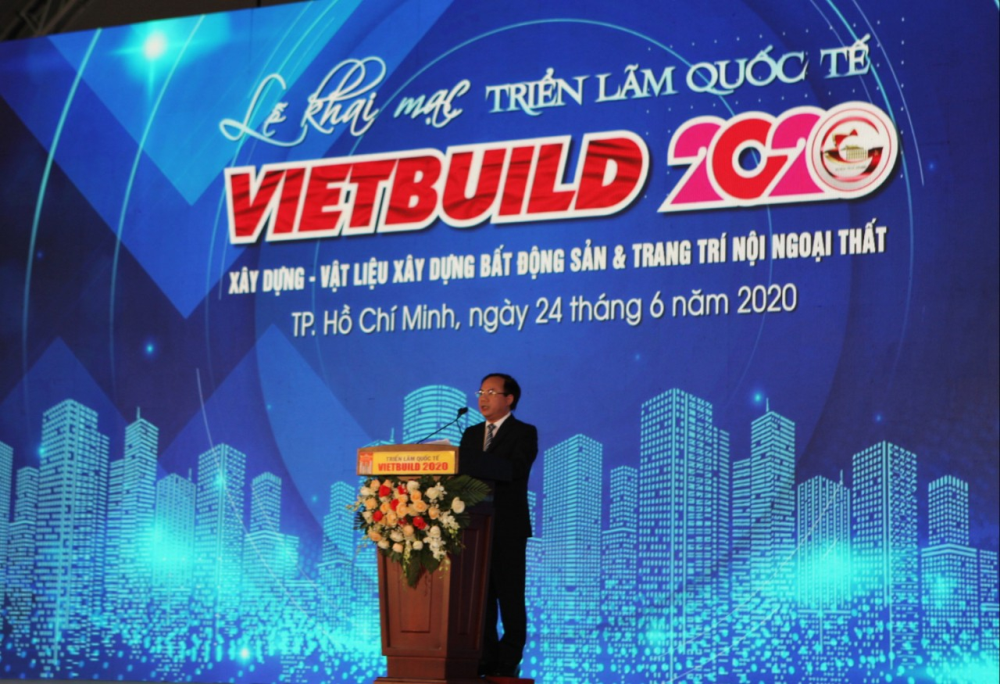 Thứ trưởng Nguyễn Văn Sinh thông tin đến doanh nghiệp những nỗ lực của Chính phủ trong giai đoạn dịch Covid-19
