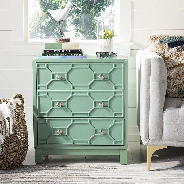 Màu xanh ngọc của tủ chắc chắn sẽ là điểm nhấn nổi bật cho bất kỳ không gian nào.