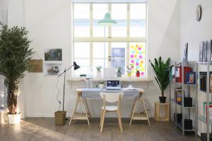 6 mẹo trang trí bàn làm việc giúp tăng năng suất, giảm stress