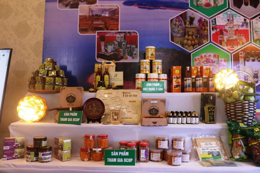 Một số sản phẩm OCOP tiêu biểu được trưng bày