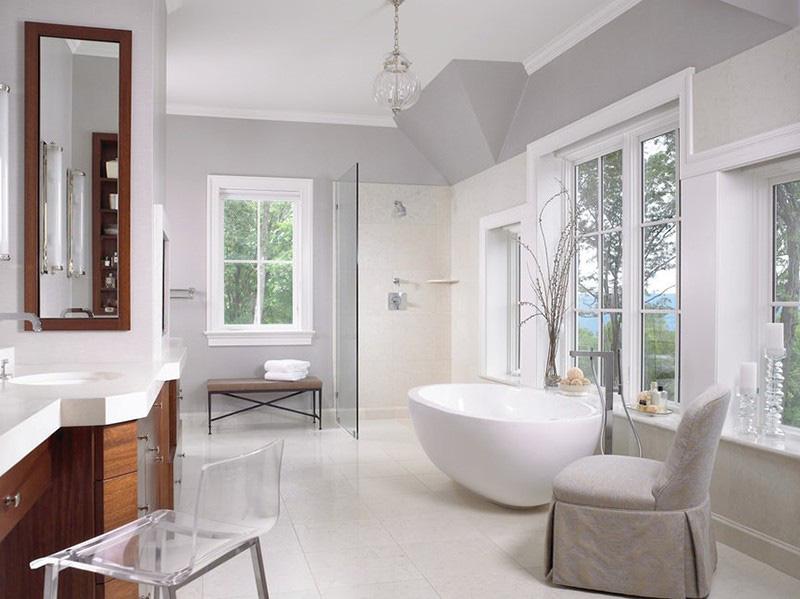 Với nhiều người, thiết kế không góc cạnh của bồn tắm oval cũng mang đến cảm giác an toàn hơn khi sử dụng, đặc biệt là những gia đình có con nhỏ