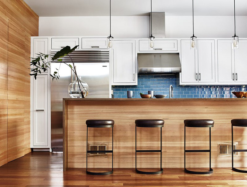 Trong đó có thể kể đến những thiết kế phòng bếp có sự hòa trộn giữa nét đẹp truyền thống và hiện đại luôn được các gia đình đánh giá cao