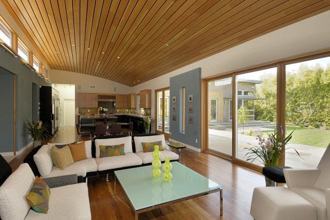 Trần gỗ tự nhiên và trần gỗ công nghiệp