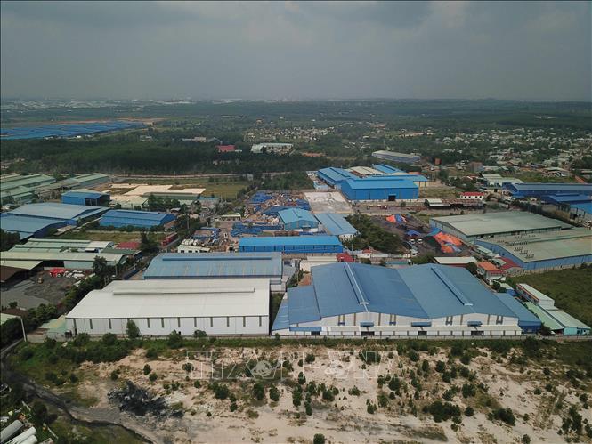 Nhiều nhà xưởng quy mô lớn xây dựng trái phép trên diện tích 72ha tại khu vực quy hoạch Cụm công nghiệp Phước Tân