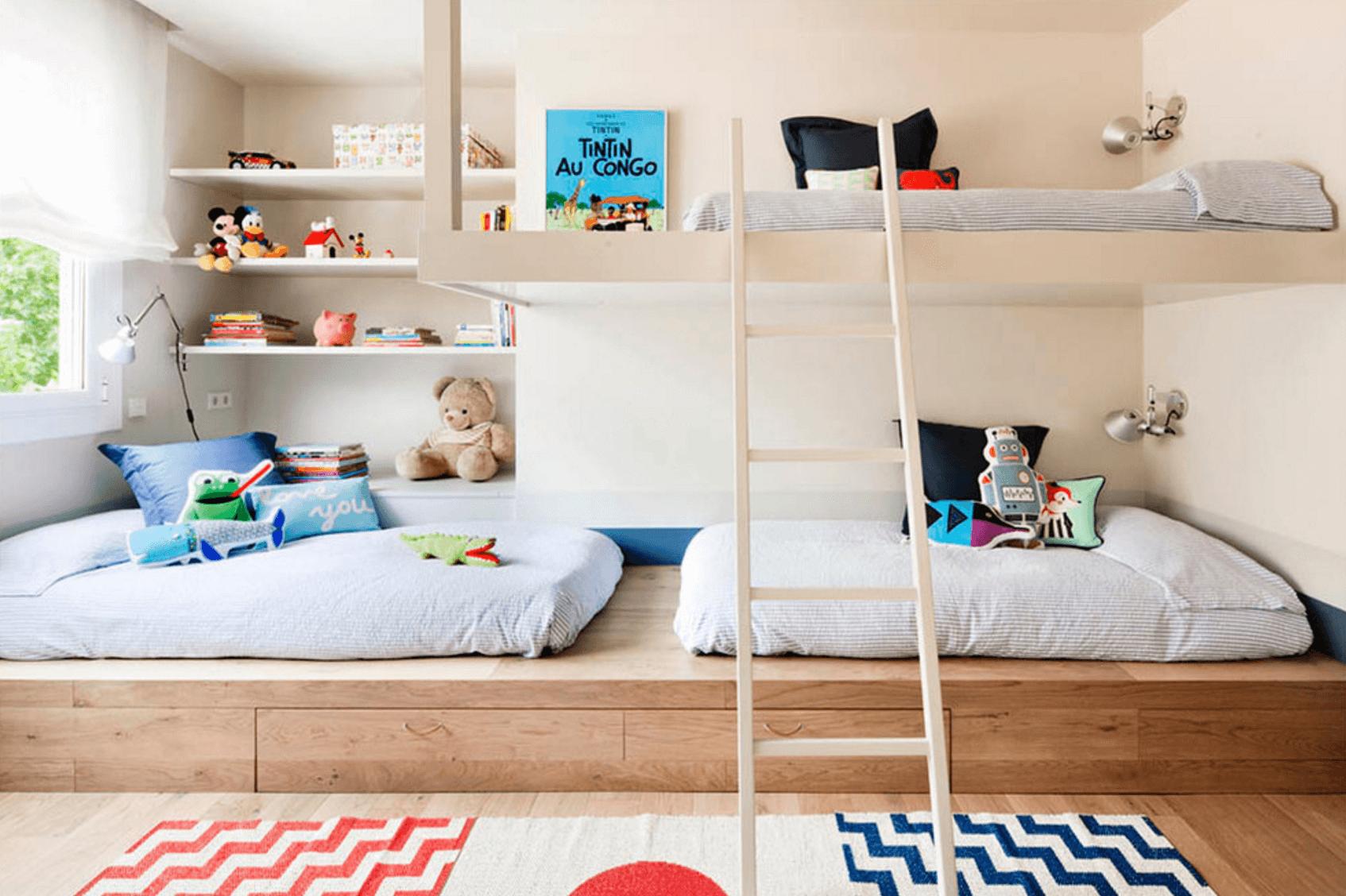 Giường tầng trong thiết kế nội thất là sự kết hợp một cách vui vẻ giữa công năng sử dụng và giải pháp tiết kiệm không gian tối đa cho phòng ngủ