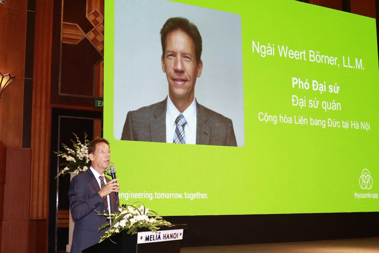 Phó Đại sứ Cộng hòa Liên bang Đức tại Việt Nam Weert Börner phát biểu tại hội thảo
