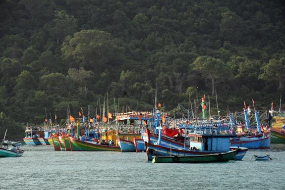 Những chiếc thuyền của ngư dân đảo Thổ Chu, Kiên Giang vươn khơi, bám biển. Ảnh: Thu Hà